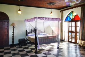 Double room in Tembo Hotel