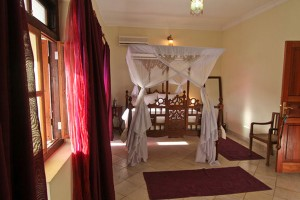 A double toom in Stone Town Cafe Hotel